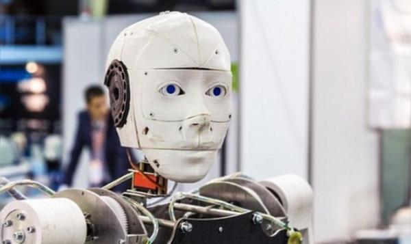 Нападения людей на роботов принимают характер эпидемии